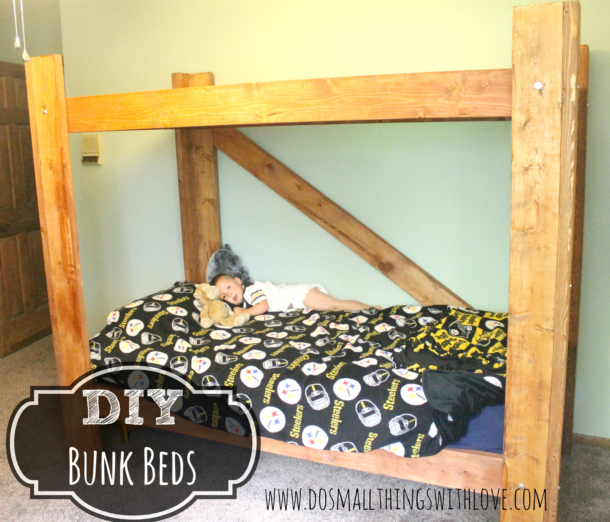 diy bunk beds do small things with great love. Black Bedroom Furniture Sets. Home Design Ideas