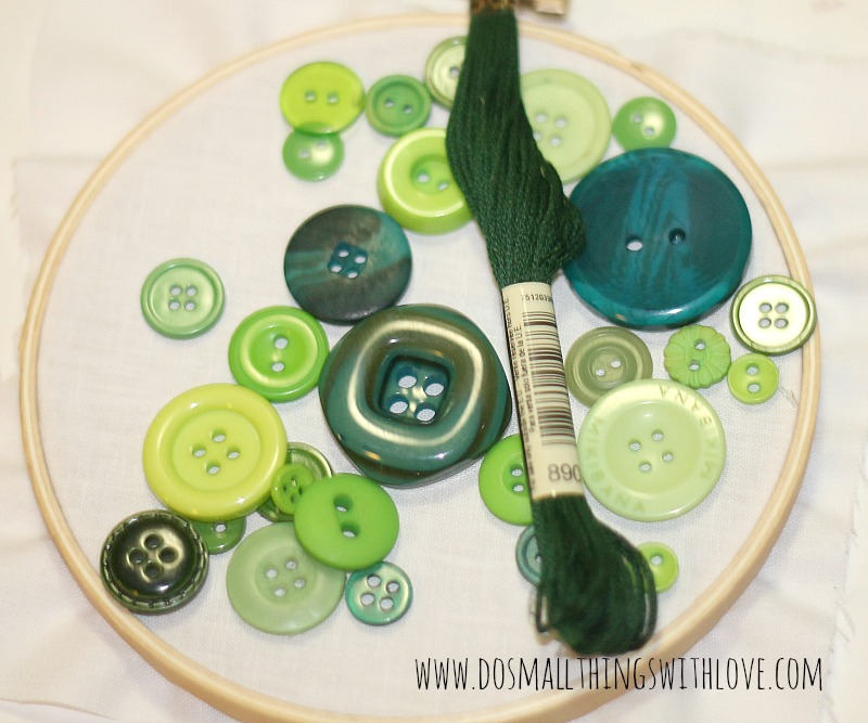button wreath how to