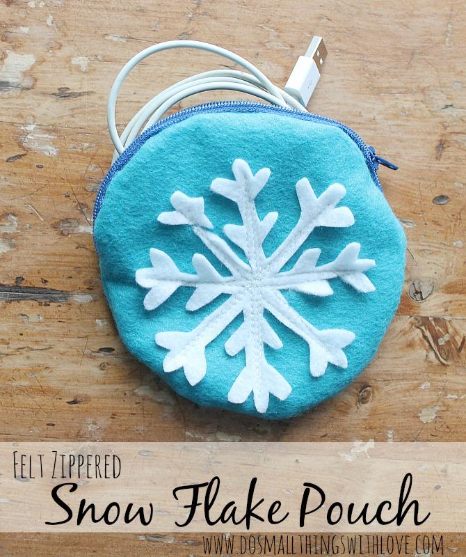 snow flake pouch 1