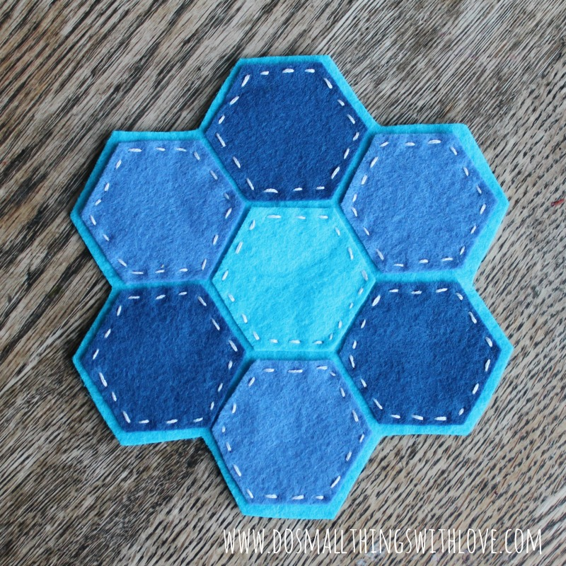 felt hexagon coaster 1