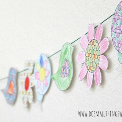 Colorable Spring Banner {free printable} and #MFB