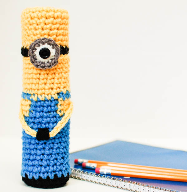 crochet-minion-pencil-case-10-of-20