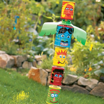 tin-can-totem-poles-craft-photo-420-FF0604CAMPA15