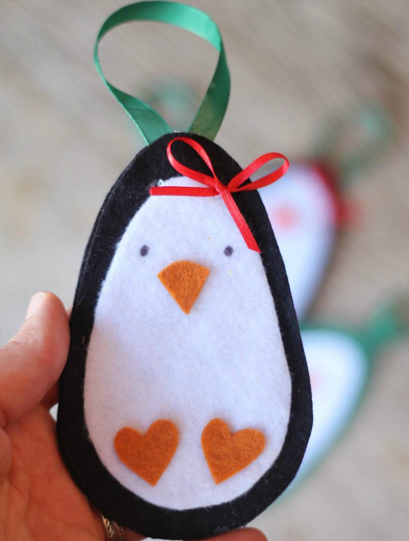 christmas-penguin1