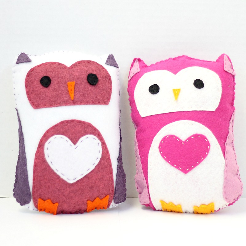 Stuffed felt owls do small things with great love for Felt plushie templates