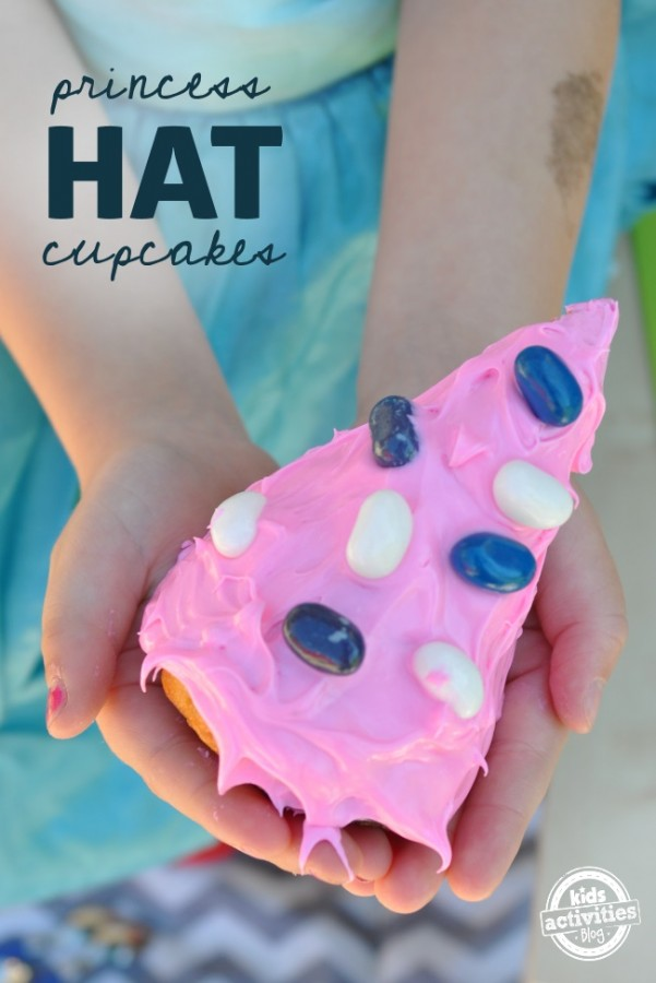 easy-to-make-cupcakes-in-the-shape-of-hats-cute-idea-for-girls-birthday