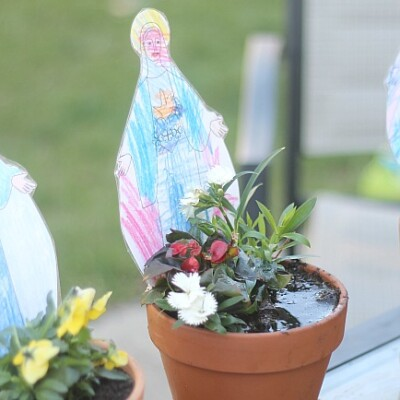 A Child's Mary Garden (with free printable statues)